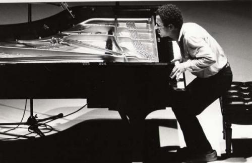 Keith_jarrett_piano.jpg