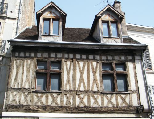Dijon - Rue Chabot-Charny - Maison à colombages