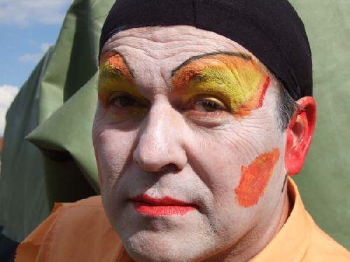Maquillage / La Caisse du Docteur Pinchon / Corcelles Juin 2007