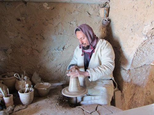 Djerba, le travail du potier alentours de Thauser