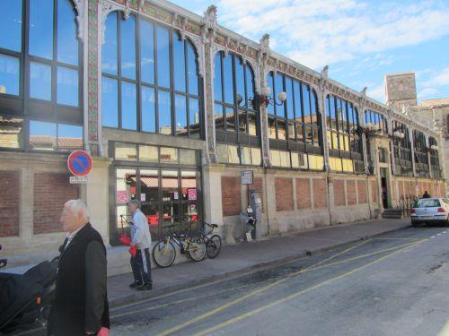 Narbonne la grande halle du marché