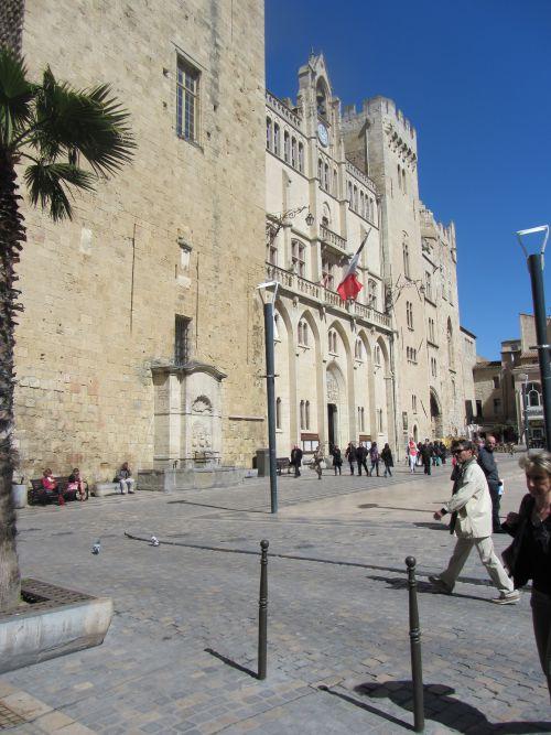 Narbonne autre façade de la cathédrale