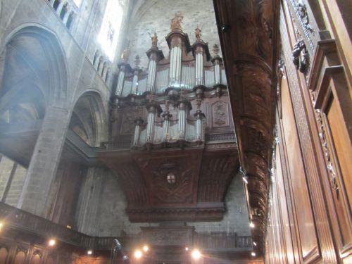 Narbonne orgue de la cathédrale