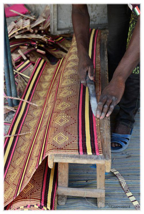 Fabrication de paniers au marché HLM