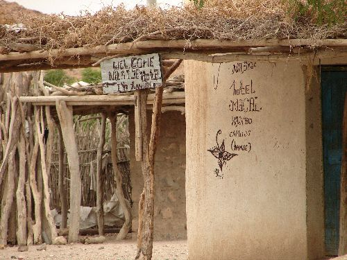 Petit hôtel de village-Environs de Dire Dawa-Sept 09