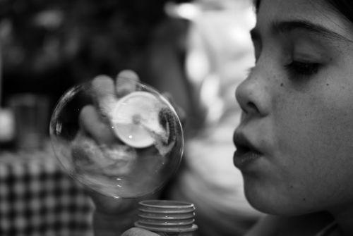 Essais de bulle