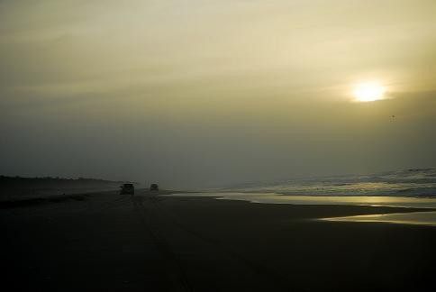 Convoi sur la plage