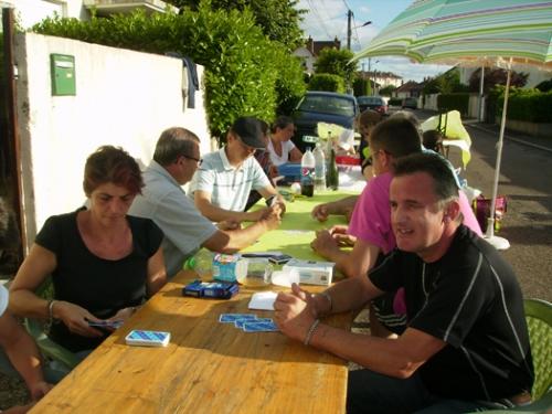 2014 Juillet Pique nique voisins 003 septembre 14.jpg