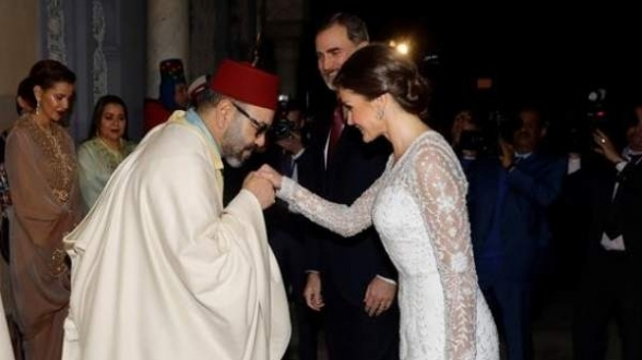 15.02.2019 - SM Le Roi Gentleman saluant la Reine d'Espagne Dona LETIZIA
