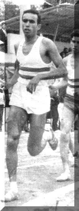 L'athlète Gouasmi Mohamed  (Chlef) à l'arrivée