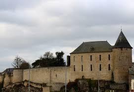 Mayenne château.jpg