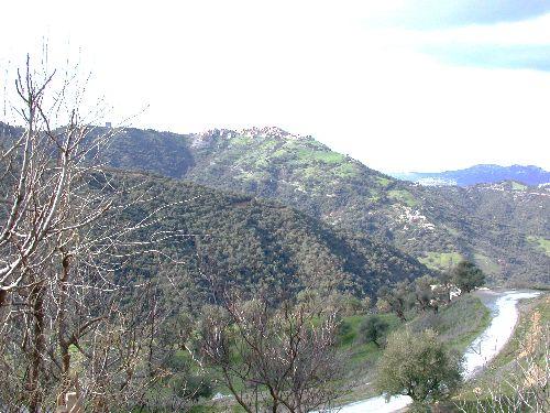 vue sur le village d'ait ali uherzun - taghiwant ivudraren