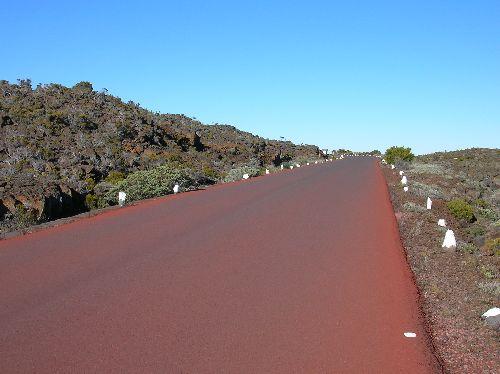 route du volcan, de Bourg-Murat au Pas de Bellecombe.