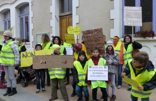 ManifestationParents-13-11-13-All.jpg
