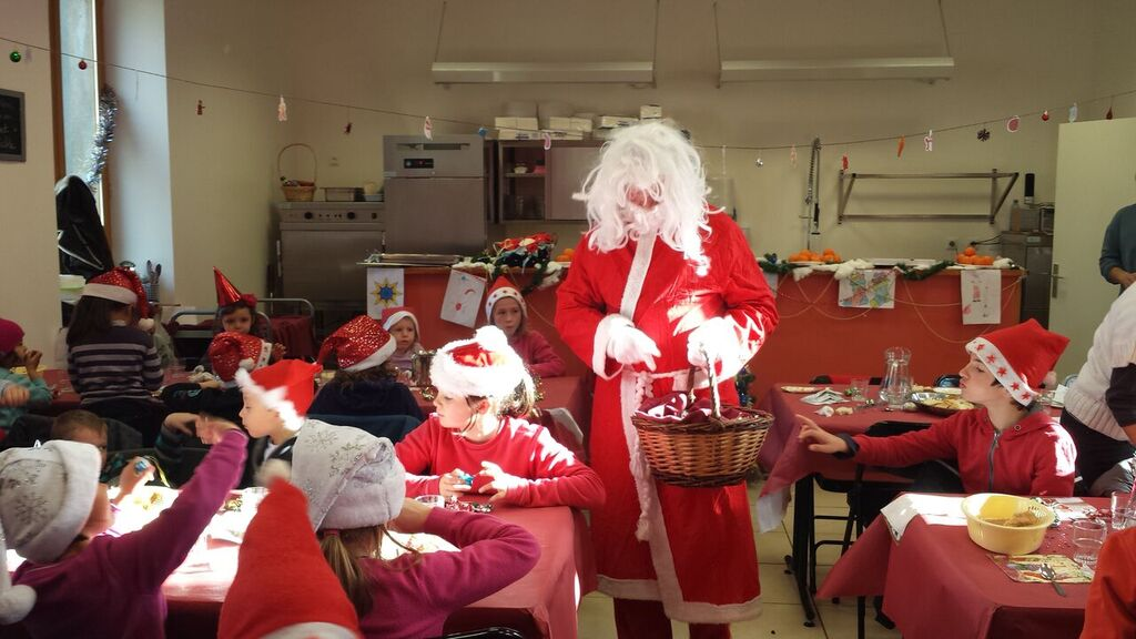 Noel a la cantine-18-12-15 (15).jpg