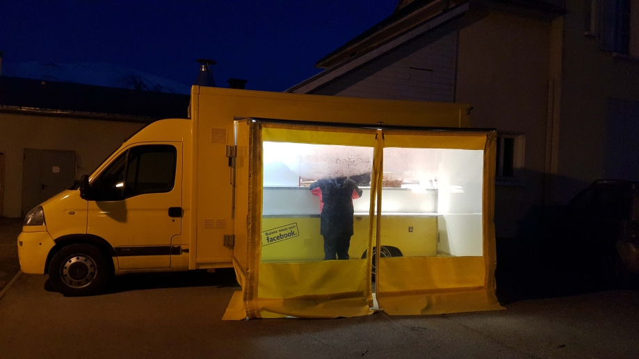 Camion jaune-All1.jpg