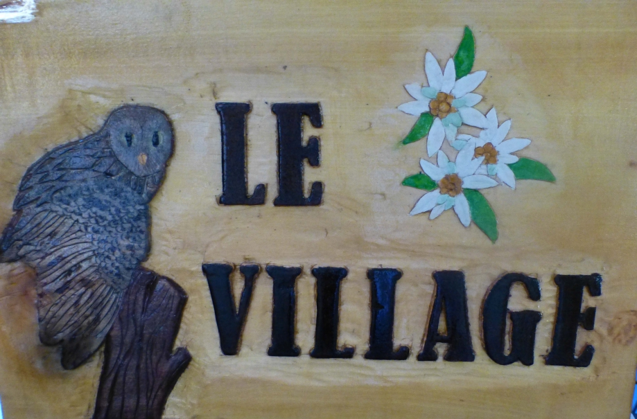 Panneau le village-all.jpg