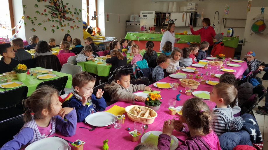 Repas paques-25-3-16-All1.jpg