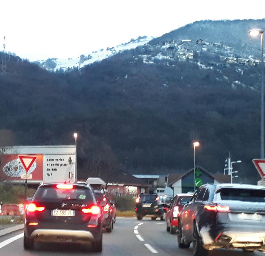 Embouteillage Jarrie1bis.jpg