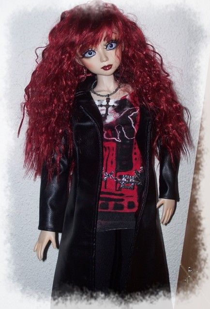 Umbriella et sa perruque rouge....