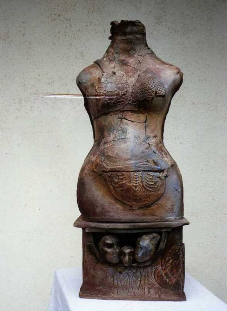 CAMOU Xiomara GUTIERREZ - Torso de Mujer.jpg