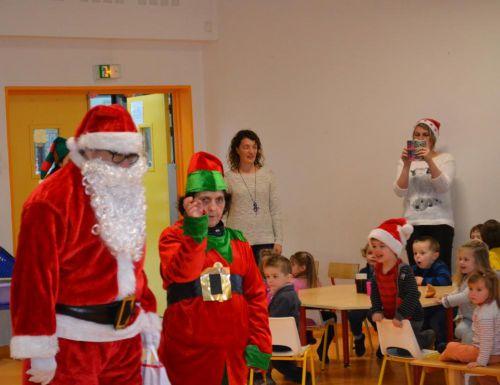 Goûter de noël  2014 - le père Noël et son lutin
