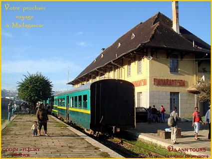 TRAIN FIANAR.JPG