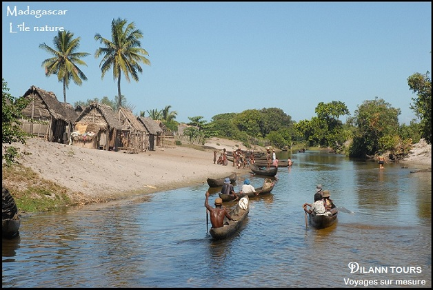 CANAL DES PANGALANES.jpg