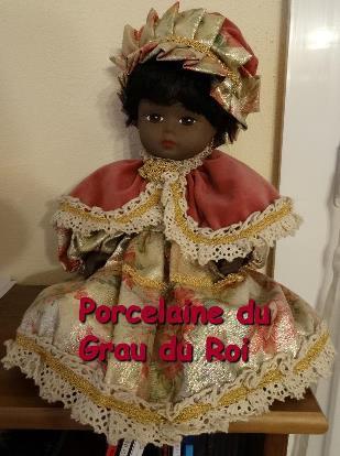 2 - 1 - Grau-du-Roi Porcelaine.jpg