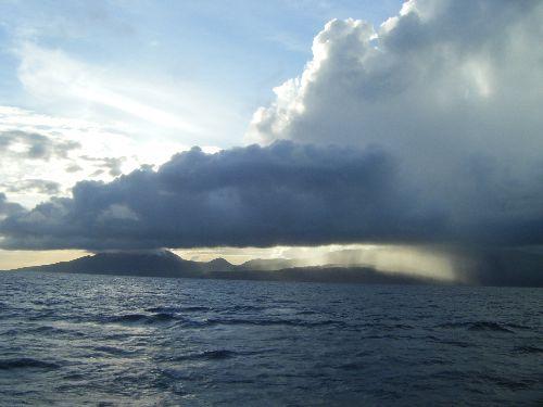 gros nuages sur Basse Terre