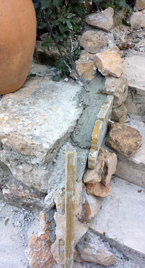 Complément étayage po ciment escalier psicne 22 fév 14.jpg