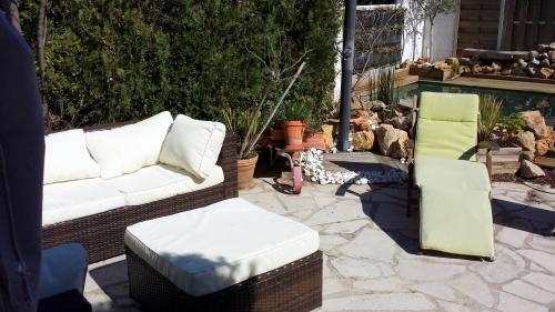 Salon de jardin sorti 7 mars 14.jpg