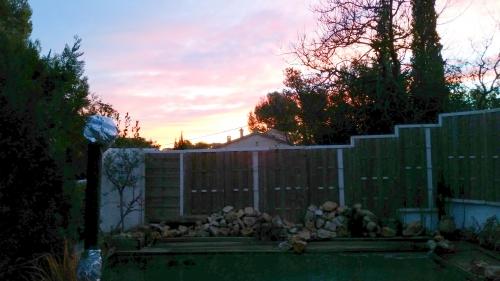 Piscine sur fond de lever de soleil 9 janv 15.jpg