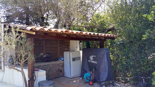 Toiture pool house refaite 10 avr 15.jpg