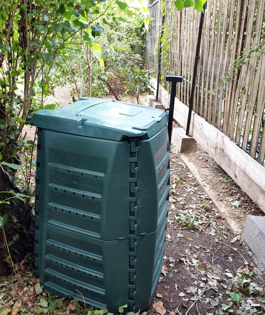 Composteur installé 110620.jpg