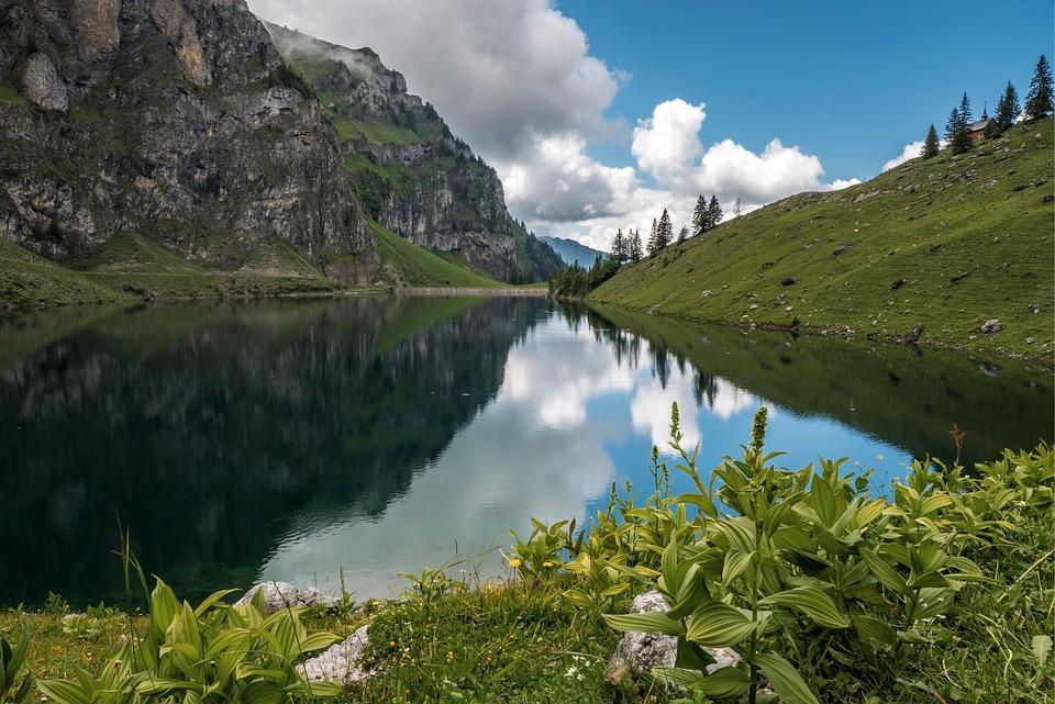 bergsee-5333911_960_720