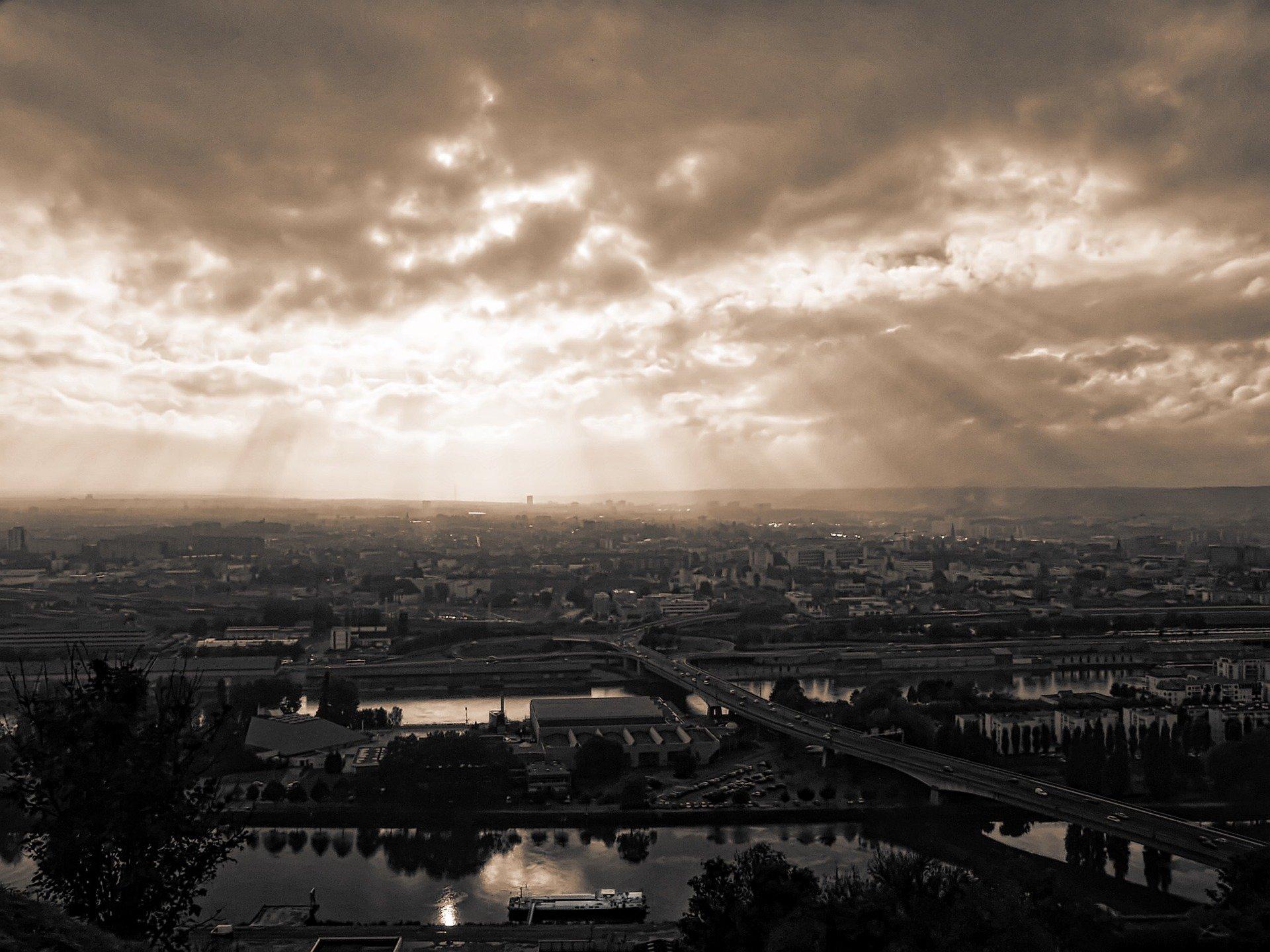 dusk-1581145_1920