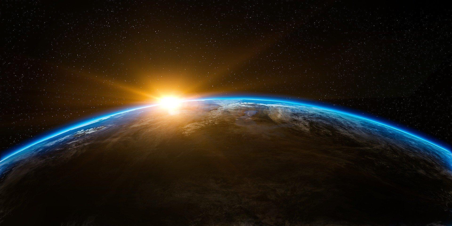 earth-1756274_1920