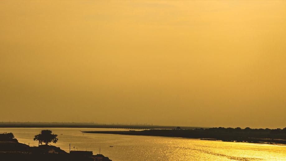 golden-hour-2440066_1920