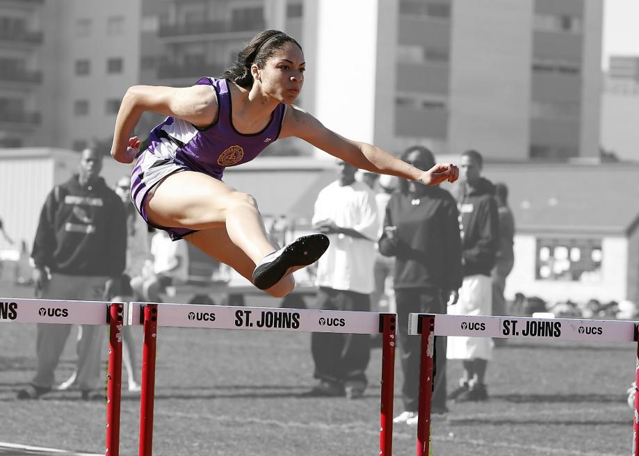 hurdles-1503753_1920