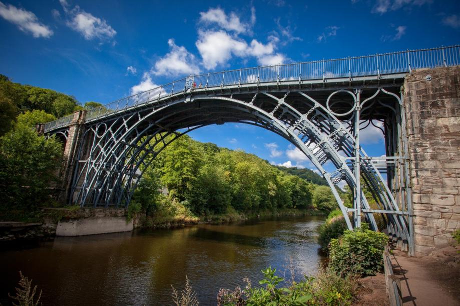 ironbridge-3155988_1920