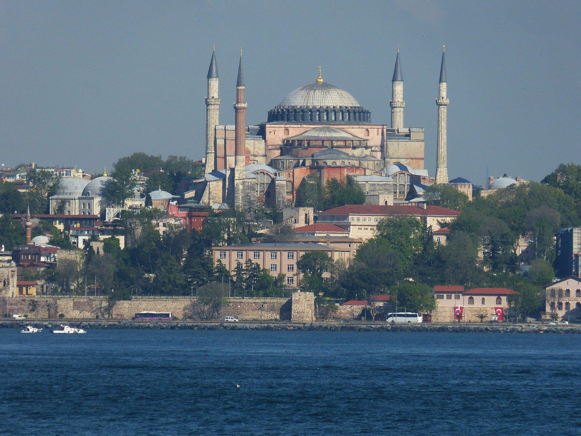istanbul-860374_1920