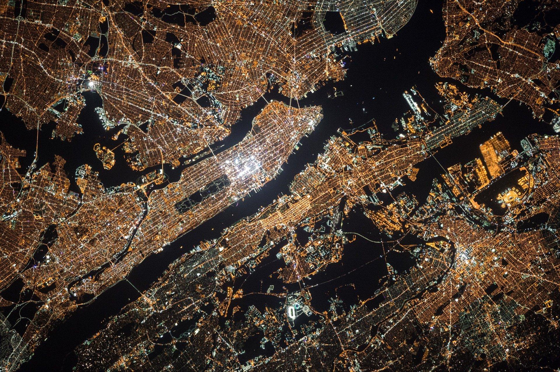 satellite-image-1030778_1920