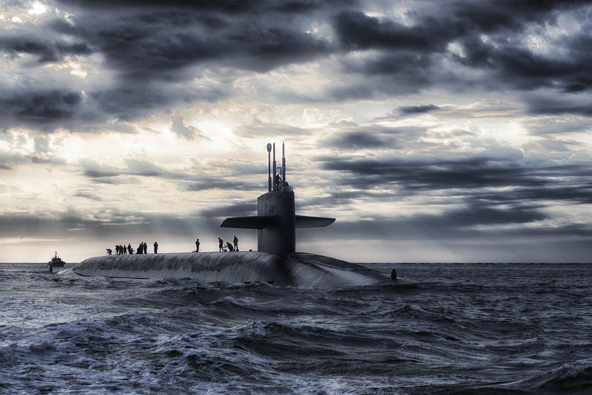 submarine-168884_1920
