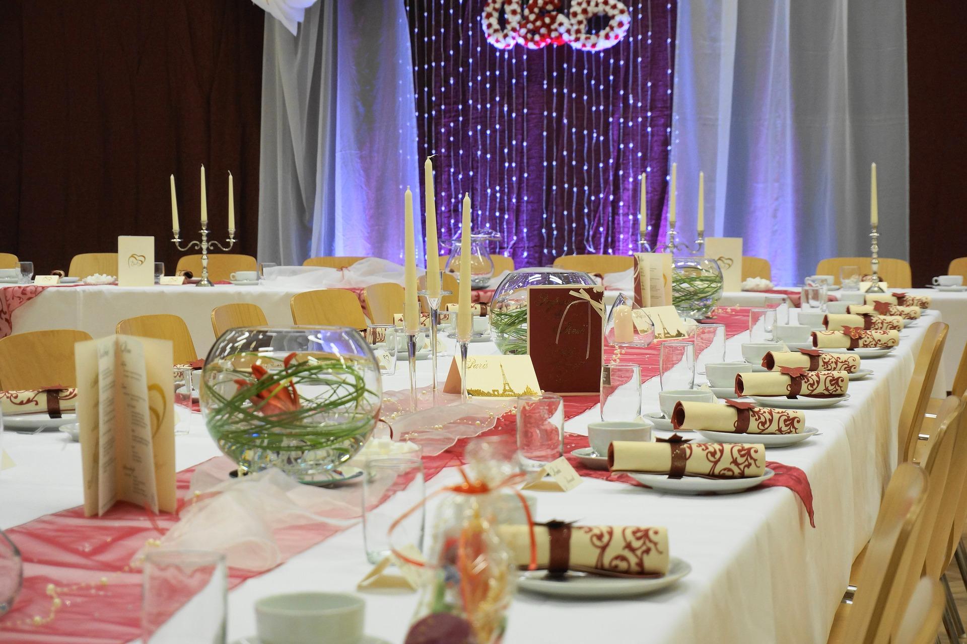 wedding-feast-2841610_1920