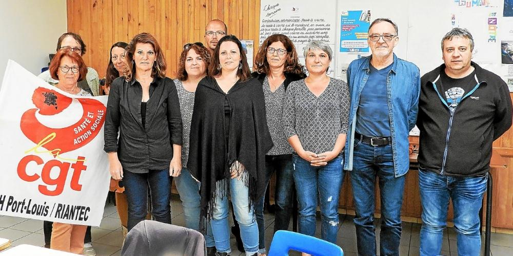 les-membres-de-la-commission-executive-du-syndicat-cgt-de_4579118.jpg