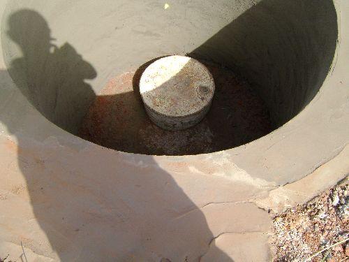 TOURISME SOLIDAIRE SENEGAL- Le soir du 11 octobre 2008 le puits avance bien -Photo ngaparou aventures
