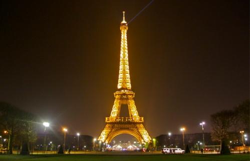 First-Time-Paris-Eiffel-Tower.jpg