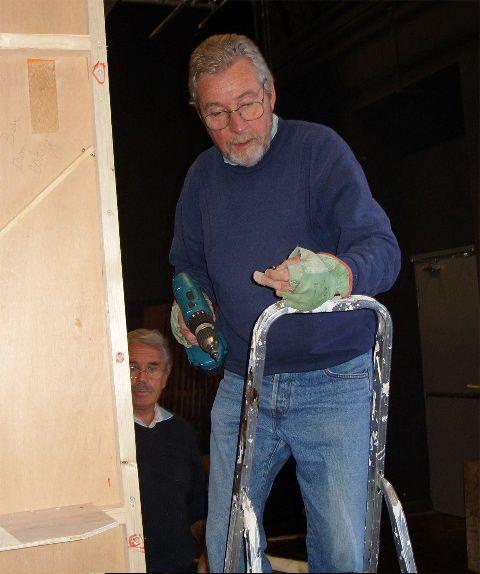Gérard et Guy en arrière plan