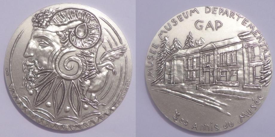 176 - Médaille Musée.jpg